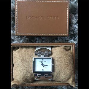 ‼️Price ⬇️ ‼️ MK leather cuff/bracelet watch